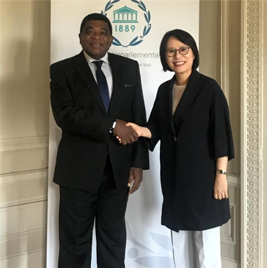 Amb. Paik meets with the Secretary General of the Inter-Parliamentary Union