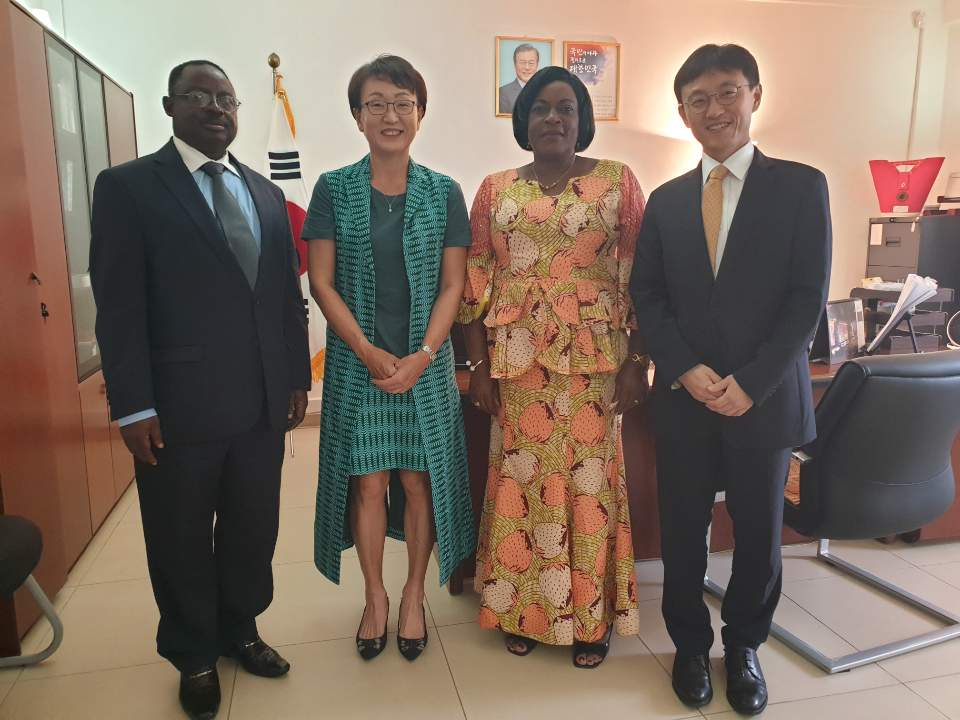 Ambassador Rhyou Meets The Korean Cameroon Parliamentary Friendship Group In Cameroon 상세보기 Ambassador S Activitiesembassy Of The Republic Of Korea To The Republic Of Cameroon