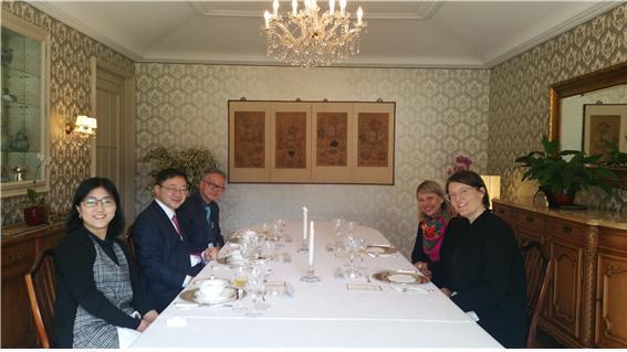 Treffen mit Direktorin Zentrum Paul Klee2